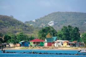 Maisons de pêcheurs colorées.