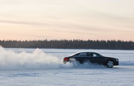Bentayga-makes-Power-on-Ice-Debut-5