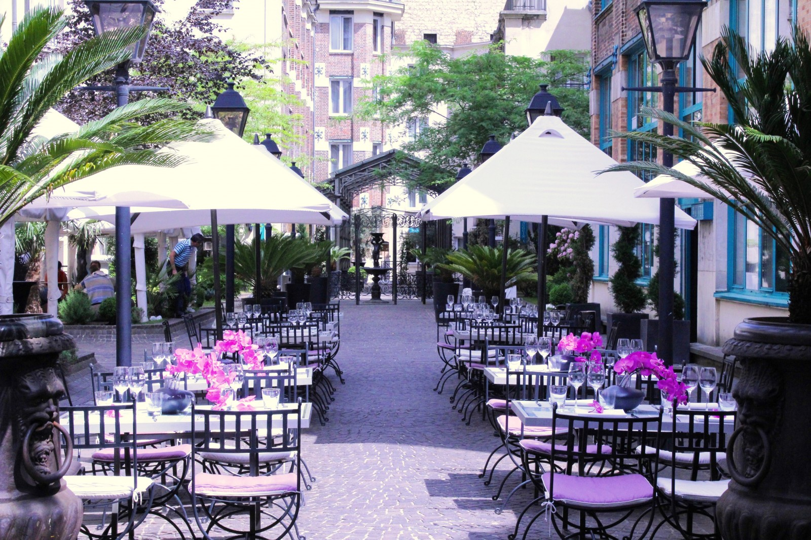 Les jardins du marais ouverture de la plus grande terrasse cach e de paris dandy magazine for Plus grand jardin de paris